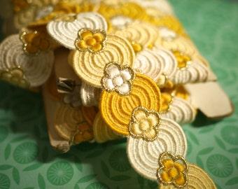 Gorgeous Oriental Vintage Trim - Yellow