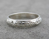 Sterling Silver Small Leaf Ring