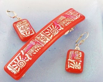 Electric Red Earrings - dichroic earrings - Tropical earrings - Red and Silver - dangle earrings - Fish and Sun print (3179)