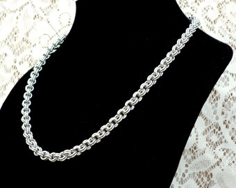 Double Cable Chainmaille Necklace, chain jewelry, chainmaille jewelry, sca jewelry, renaissance jewelry, chain necklace