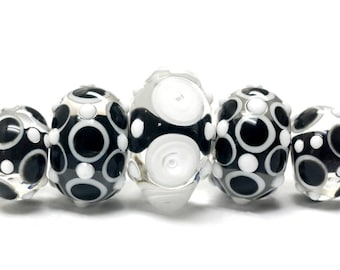 Handmade Glass  Lampwork Bead Sets - Five Graduated Black & White Rondelle Beads 10202111