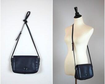 Vintage LIZ CLAIBORNE purse / 80's navy blue purse / vintage cross body bag
