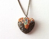 Heart pendant with  flowers - long necklace vintage style