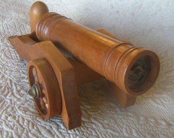 Vintage Salt and Pepper Cannon Set
