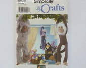 Craft Sewing Pattern  Plush Monkeys In Two Sizes Simplicity 9526
