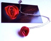 Erotic Flower Necklaces in Fushia