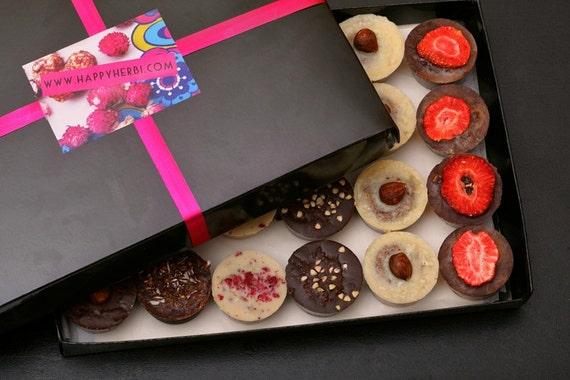 Romantic gifts for vegans: raw vegan chocolates
