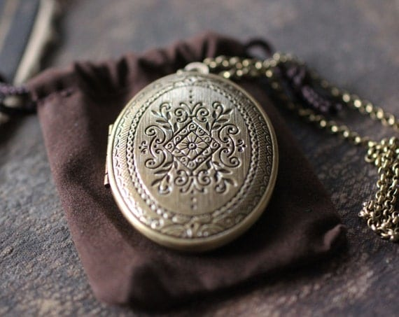 Feminine Natural Solid Perfume Locket, Victorian Diamond Design - Perfect for Weddings - Gift - Wearable Fragrance Victorian style finish