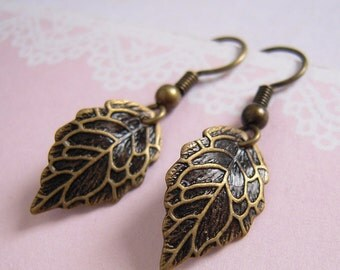 Antiqued Leaves Earrings, Rustic Leaf, Vein Earrings, Earthy Jewerly, Autumn Leaf