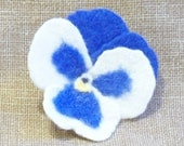 Needle Felted Pansy Flower Pin Brooch Cornflower Blue and White