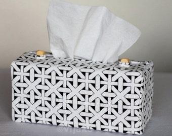 Black and white checked design tissue box cover