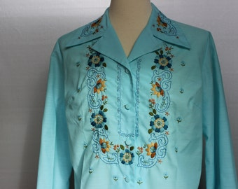 Vinntage Embroidered Blouse Seafoam Green by Causeway