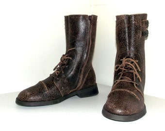 Vintage distressed brown look Gianni Bini combat style boots size 9 M