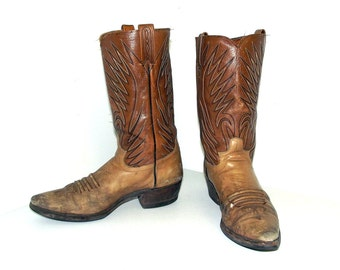 Rugged two tone Dan Post Cowboy Boots size 10 B or womens size 11.5