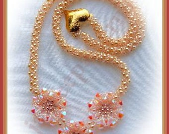Bead tutorial - Crystal Fire necklace - triangle weave and netting stitch