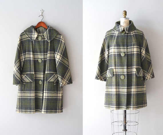 1960s coat / wool plaid 60s coat / Wellesley coat