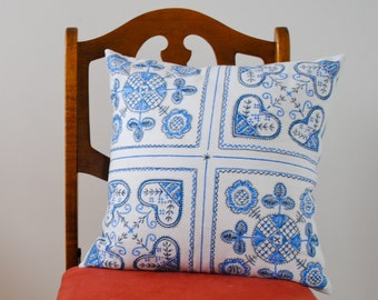 SALE - Nordic Hearts PILLOW Sham - Throw Pillow Cover Handmade with Vintage Swedish Cotton in Blue and White - Winter Home Decor