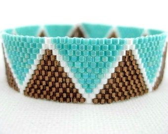 Peyote Bracelet / Beaded Bracelet in Brown, White and Turquoise / Seed Bead Bracelet / Geometric Bracelet / Made to Order / Triangles