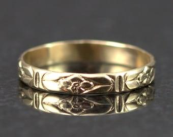 14k Gold Flower Pattern Band - Slender Floral Wedding Ring - Thin Gold Stack Ring