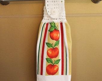 Apple Trellis Crocheted Top Towel-KOW100