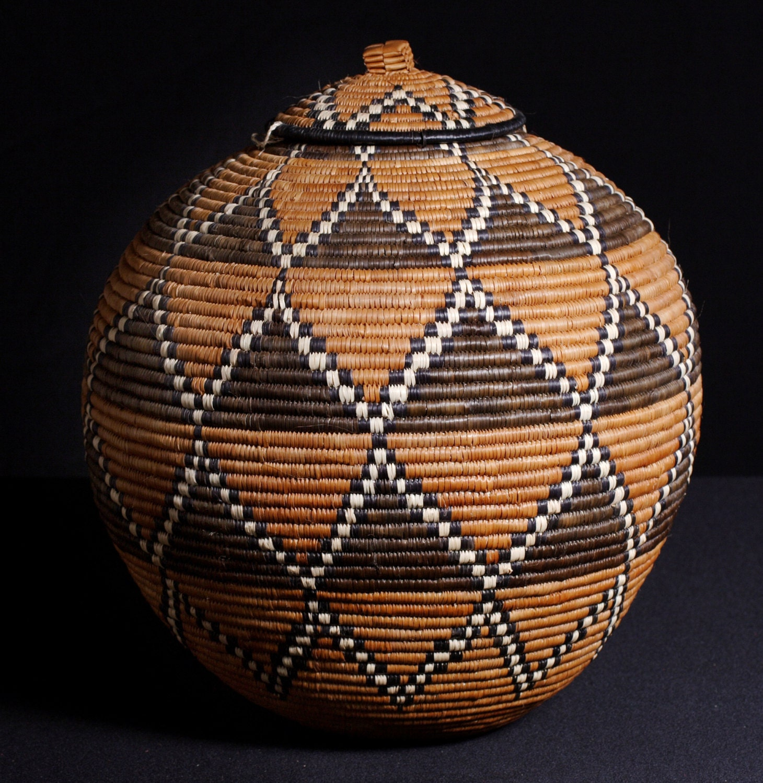 South African Baskets: Vintage African Zulu Beer Basket Ukhamba 15 H X