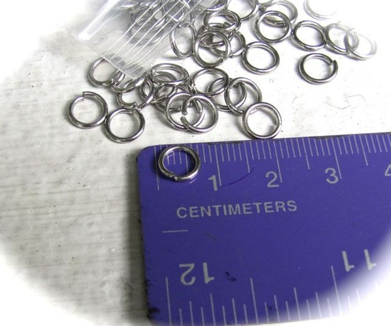 100 - 7mm Surgical Steel Jump Rings - 19 Gauge - Perfect for Bracelets and Pendants stainless steel