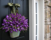 Tulips, Easter Tulips, Spring Door Decor, Spring Tulips, Purple Tulips, Spring Celebrations, Easter Decor, Spring Decorations