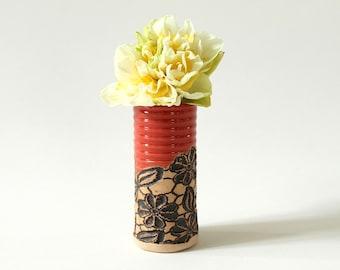 Handmade Mini Vase Daisy Lace Pattern in Paprika
