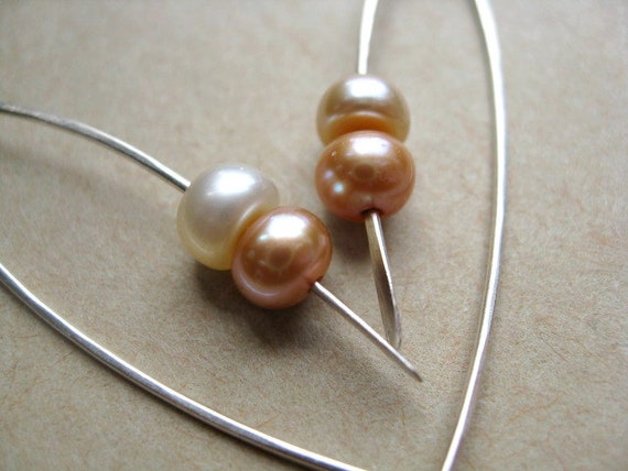 Pastel pearl earrings