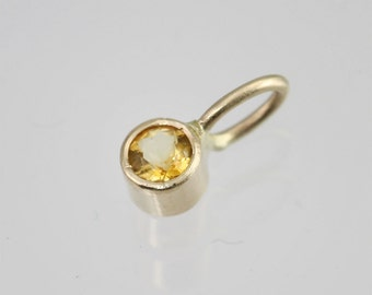 Citrine Drop Pendant in 14k Yellow Gold (pendant only)