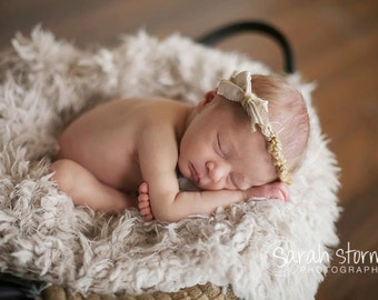 Newborn Props, * 2 Color Options * Short Faux Fur Newborn Photo Props, Artificial Fur, Newborn Baby Photography Props, Basket StuFfeR, Props