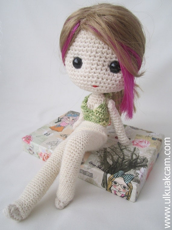 Crochet Patterns Doll Clothes Free : PDF Crochet Pattern for Deniz Doll Outfit