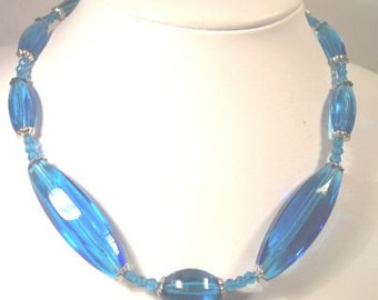 Teal Austrian Crystal. Glass Vintage Necklace