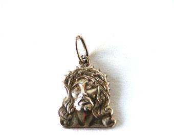 Vintage //// Sterling Silver Jesus Face Pendant