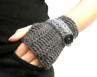 Instant download Crochet Fingerless Mittens Pattern - Fast and Easy - Under 1.5 hours