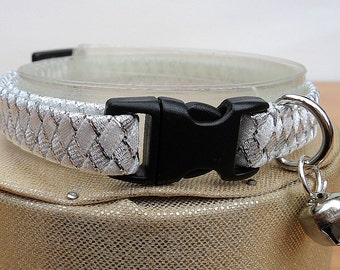 White Cat Collar with Silver Accents ( Breakaway )