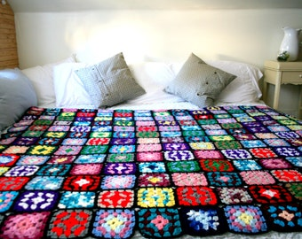 Incredible Vintage Granny Squares Crochet Bed Spread