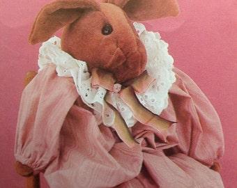 Bunny Doll Pattern, Rabbit Doll Pattern, Instructions to make Fabric Bunny Doll Pattern Vintage Pattern