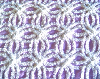 Hofmann Lavender Double Wedding Ring Vintage Chenille Bedspread Fabric 12 X 24 Inches