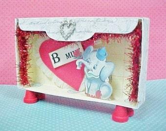 Mini Valentine Diorama - Circus Theme