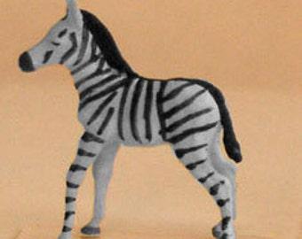 Preiser HO Scale Black and White Zebra Foal Miniature Dioramas