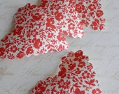 20 upcycled wallpaper scalloped hearts - vintage red floral
