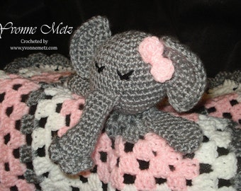 Elephant Lovie Blanket | AllFreeKnitting.com