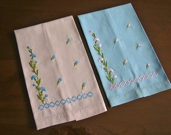 Retro Vintage Embroidered Towel Pair Antique Embroidery Flowers Towels