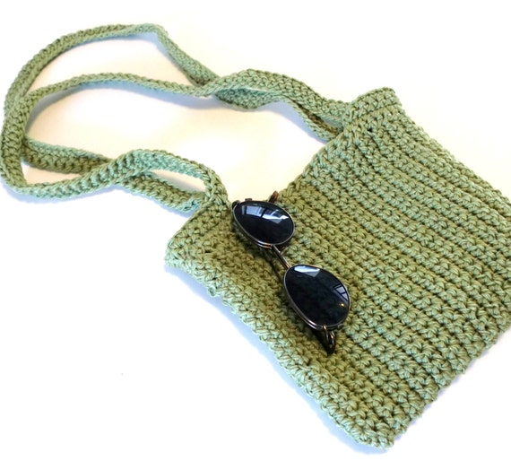 HipBag- pistachio green.....Cotton--accessories-women-gift for mom-green-just the right size to carry your most important things