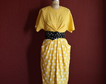 Vintage 1980's Yellow And White Polka Dot Linen Dress With Short Sleeves - By Chetta B -  Small