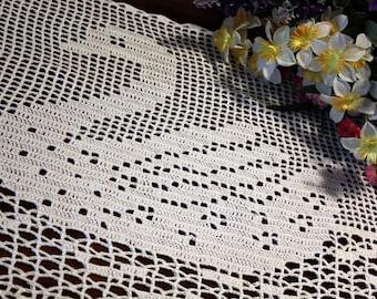 Cute Swan crochet doily