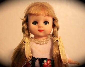 Antique Doll of the world collectible 1950s era Hong Kong Open close eyes European clothes CUTE