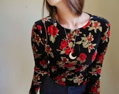 vintage (M) Velvet Red Roses Long-sleeve GYPSY