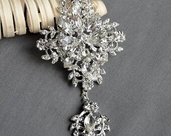SALE Rhinestone Brooch Crystal Brooch  Bridal Brooch Bouquet Hair Comb Shoe Clip Pin Wedding Cake Decoration Invitation BR098
